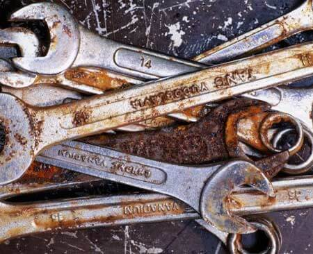 clean rusty hand tools